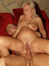 Hot granny sex with Remy spreading her pussy lips wide to cram her hole with a erect fat cock