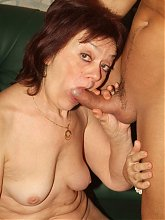 Explicit live cam show with sexy older woman Paula sucking and fucking a younger guy